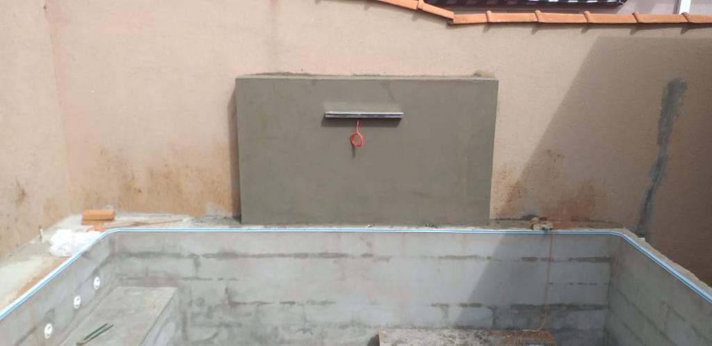 Piscina com Banco Condominio Haras Jardinopolis - Estampa Bahamas 0,8mm-3