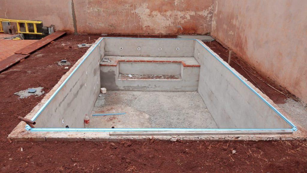 Piscina de Vinil com Banco Residencial Palmares - Estampa Green Stone 0,7mm-3