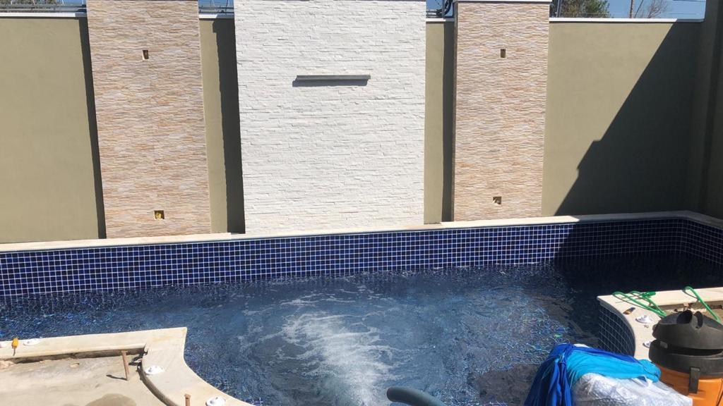 Piscina de Vinil com Praia Condomínio Evidence - Estampa Blue Cobalt 0,7mm-5