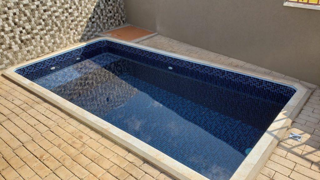 piscina-com-deck-molhado2-04