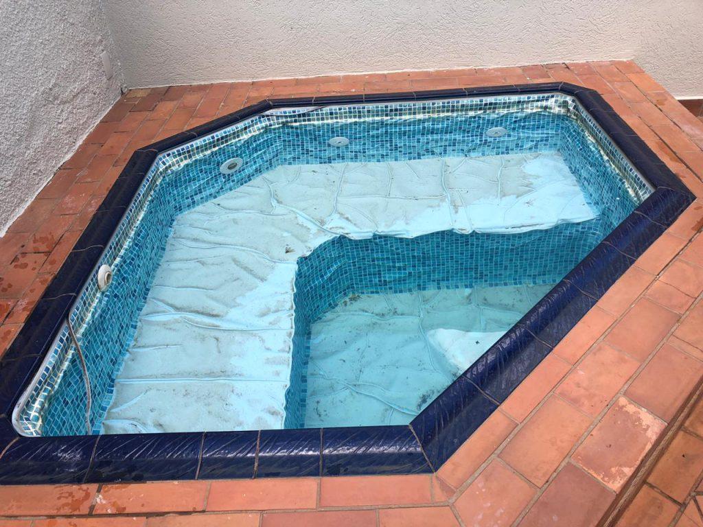 Troca de Vinil em Piscina Condominio Ouro Verde Estampa Blue Master azul claro 0,7mm-1