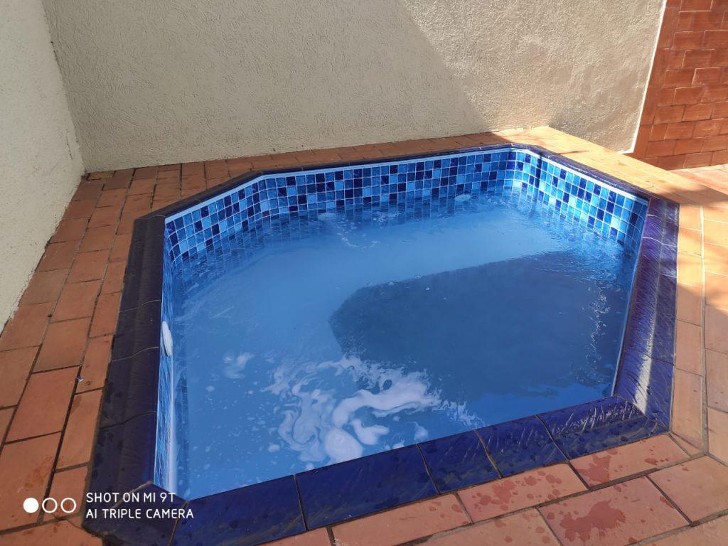 Troca de Vinil em Piscina Condominio Ouro Verde Estampa Blue Master azul claro 0,7mm-2