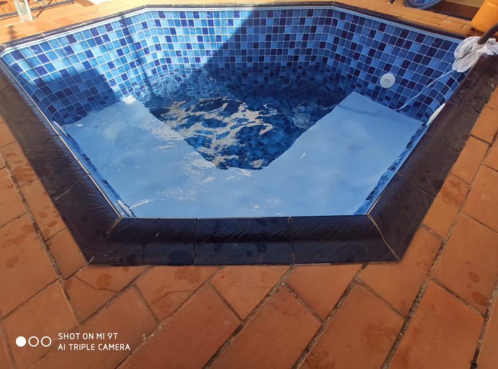 Troca de Vinil em Piscina Condominio Ouro Verde Estampa Blue Master azul claro 0,7mm-7